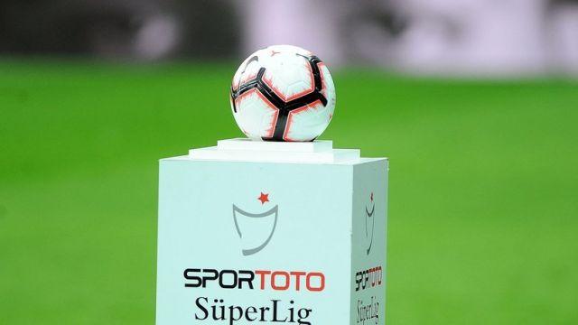 Kayserispor sahasında Çaykur Rizespor'u 2-1 mağlup etti