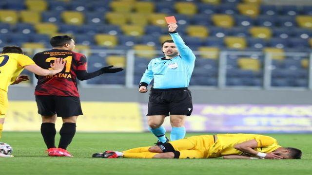 """Rıdvan Dilmen: """"oyun kuralları 'dirsek kırmızı kart' diyor"""""""