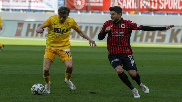 Derbinin en golcüsü Bosna Hersekli Sead Sabotiç
