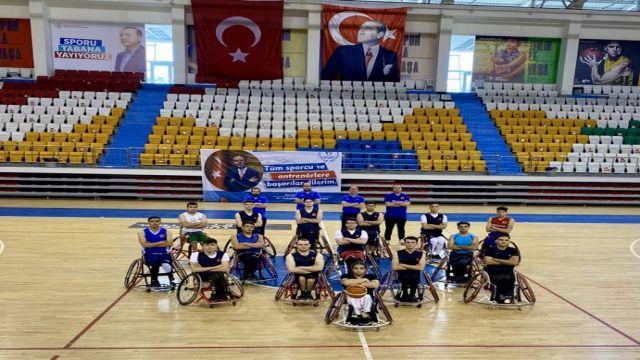 Genç basketbolcularımız, Avrupa Şampiyonası'na Ankara'da hazırlanacak