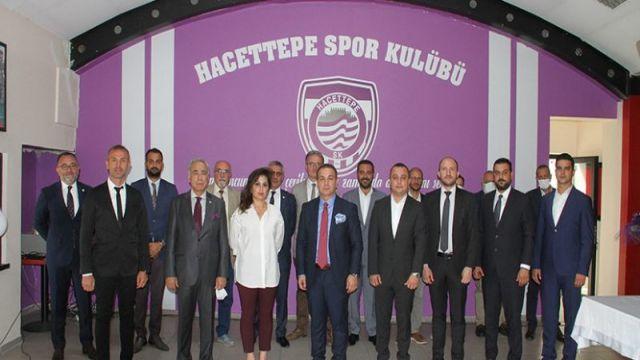Hacettepe'de yeni başkan Bülent Üstündağ
