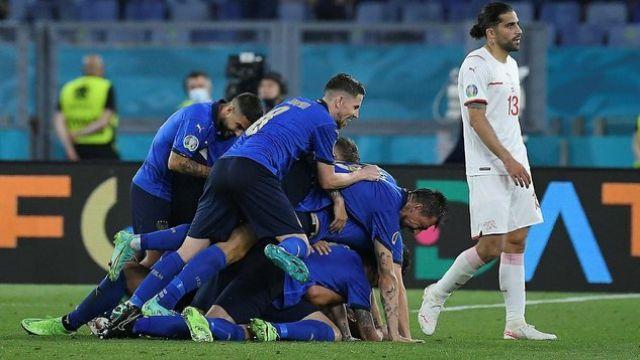 İtalya şov sürüyor 3-0