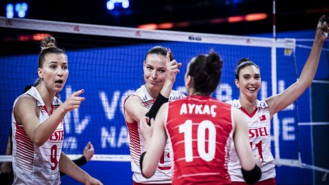 A Milli Kadın Voleybol Takımı'nın Olimpiyat kadrosu açıklandı