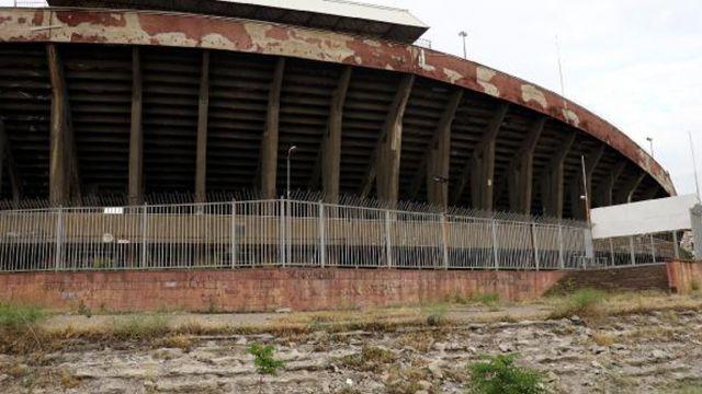 FLAŞ | Cebeci İnönü Stadı'nın yıkımı durduruldu