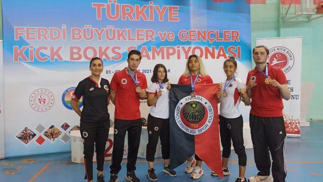 Gençlerbirliği, Kick Boks Şampiyonası'ndan 3 altın ve 2 gümüş madalyayla döndü