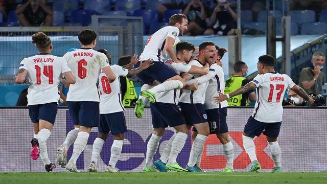 İngiltere havadan yıktı 4-0