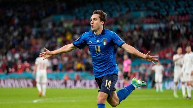 İtalya penaltılarla finalde !