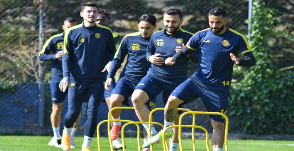 Ankaragücü kupa maçının hazırlıklarına başladı