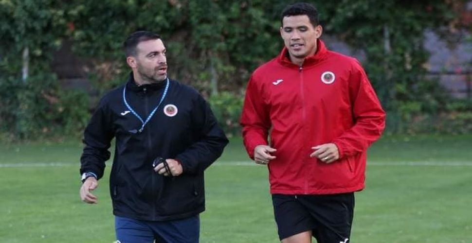 Sandro Lima koşulara başladı...